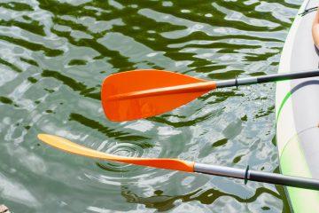 tenir pagaie kayak